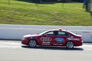 Прикрепленное изображение: Audi S4 safety.jpg