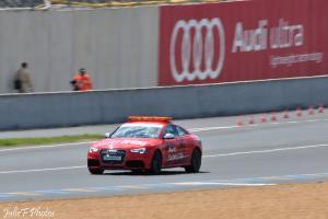 Прикрепленное изображение: Audi RS5 safety_3.jpg