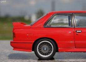 Прикрепленное изображение: BMW M3 E30 (23)-001.JPG
