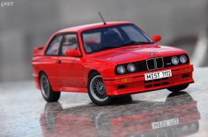 Прикрепленное изображение: BMW M3 E30 (29)-001.JPG