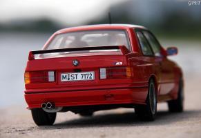 Прикрепленное изображение: BMW M3 E30 (12)-001.JPG