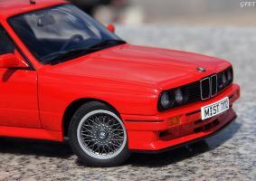 Прикрепленное изображение: BMW M3 E30 (25)-001.JPG