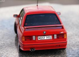 Прикрепленное изображение: BMW M3 E30 (35)-001.JPG