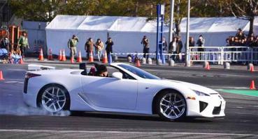 Прикрепленное изображение: 12-01-13-lexus-lfa-roadster.jpg