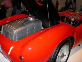 Прикрепленное изображение: 800px-1954_ferrari_375_plus_rear.jpg