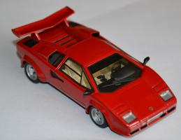 Прикрепленное изображение: Lamborghini Countach LP500 000.jpg