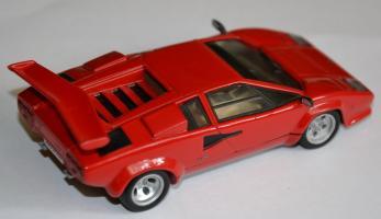 Прикрепленное изображение: Lamborghini Countach LP500 003.jpg
