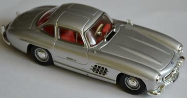 Прикрепленное изображение: Mercedes Benz 300SL 000.jpg