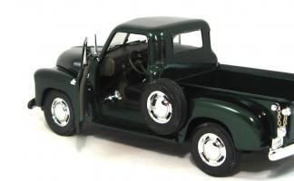 Прикрепленное изображение: 1953 Chevy Pick-Up-7.JPG