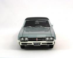 Прикрепленное изображение: 1966 Oldsmobile 4-4-2 (4).JPG