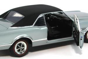Прикрепленное изображение: 1966 Oldsmobile 4-4-2 (8).JPG