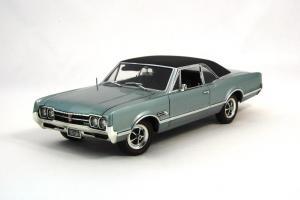 Прикрепленное изображение: 1966 Oldsmobile 4-4-2 (1).JPG
