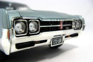 Прикрепленное изображение: 1966 Oldsmobile 4-4-2 (13).JPG