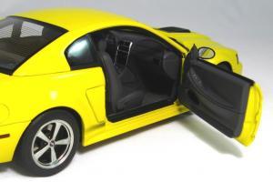 Прикрепленное изображение: 2004 Mustang Mach 1 (8).JPG