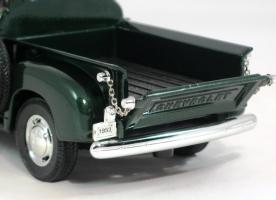 Прикрепленное изображение: 1953 Chevy Pick-Up-9.JPG