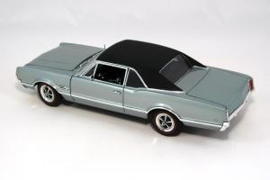 Прикрепленное изображение: 1966 Oldsmobile 4-4-2 (12).JPG