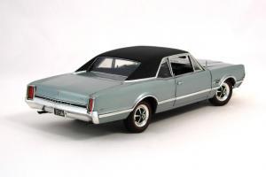 Прикрепленное изображение: 1966 Oldsmobile 4-4-2 (3).JPG
