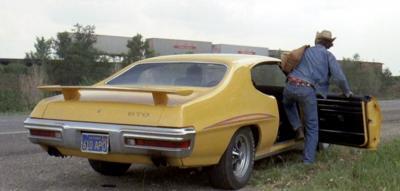 Прикрепленное изображение: 1970 Pontiac GTO (26).jpg