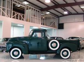 Прикрепленное изображение: 1953 Chevy Pick-Up-23.jpg