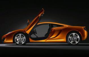 Прикрепленное изображение: 2011-McLaren-MP4-12C-Side-Door-Open-View.jpg