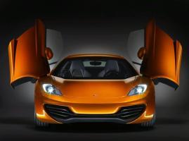 Прикрепленное изображение: 2011-McLaren-MP4-12C-Front-View.jpg
