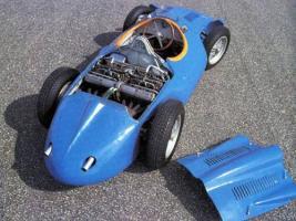 Прикрепленное изображение: bugatti-251.jpg