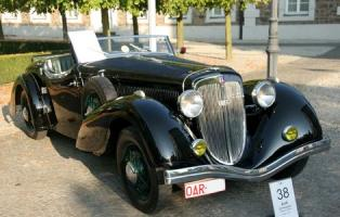 Прикрепленное изображение: Audi_225_Front_Roadster_Erdmann_und_Rossi(1)GMJ_display.jpg
