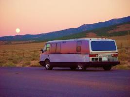 Прикрепленное изображение: vixen-rv-sunset.jpg