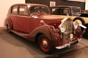 Прикрепленное изображение: 1946-silver-wraith-2a.jpg