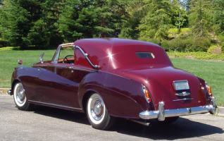 Прикрепленное изображение: 1958 rr sedanca r.JPG