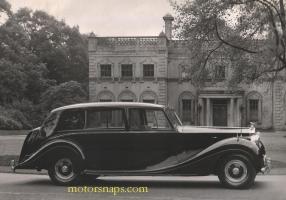 Прикрепленное изображение: 1952 Rolls-Royce-P-IV-8-cyl-Fran_001.jpg