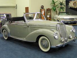 Прикрепленное изображение: imperial-palace-cars.jpg
