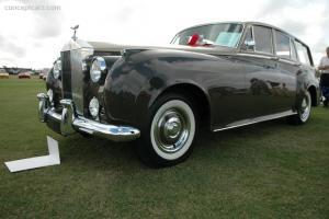 Прикрепленное изображение: 59_Rolls_Estate_Wagon_NY_Show_Car_DV_06_PBI_03.jpg