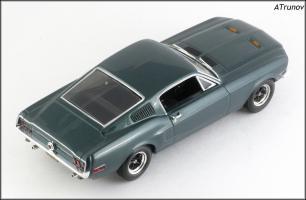 Прикрепленное изображение: 1968 Ford Mustang Fastback GT390 Bullitt - Minichamps - 436082022 - 3_small.jpg