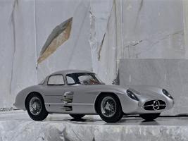Прикрепленное изображение: Mercedes-300-slr-uhlenhaut-coupe-w196s-1955-Photo-08.jpg