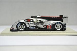 Прикрепленное изображение: Audi R18 TDI #2 2011 - 006.jpg