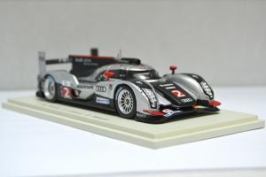 Прикрепленное изображение: Audi R18 TDI #2 2011 - 004.jpg