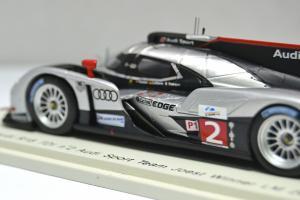 Прикрепленное изображение: Audi R18 TDI #2 2011 - 007.jpg