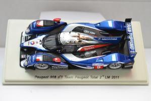 Прикрепленное изображение: Peugeot 908 HDI FAP 2011 #9 - 002.jpg
