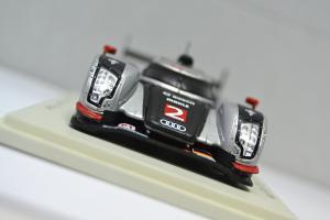 Прикрепленное изображение: Audi R18 TDI #2 2011 - 003.jpg