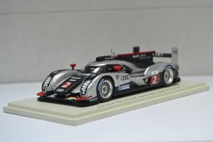 Прикрепленное изображение: Audi R18 TDI #2 2011 - 002.jpg