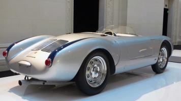 Прикрепленное изображение: Porsche-550-4.jpg