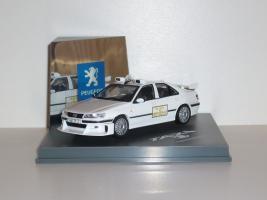 Прикрепленное изображение: Peugeot_406_TAXI3.JPG