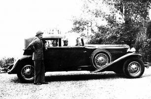 Прикрепленное изображение: 1930 J and King of Spain Alfonso XIII.jpg