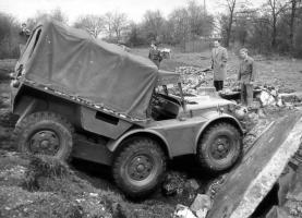 Прикрепленное изображение: flexmobil-kassbhorer-6x6-1960.jpg