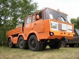 Прикрепленное изображение: tatra_813_6x6_heavy_hauage_tractor_4_of_7.jpg