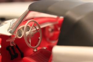 Прикрепленное изображение: BMW 507 - salon.jpg