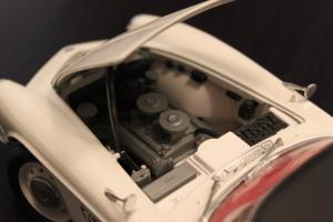 Прикрепленное изображение: BMW 507 - motor.jpg