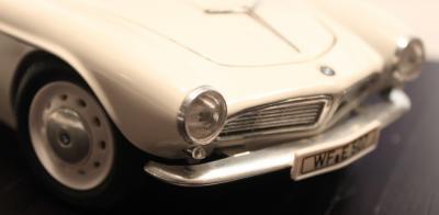 Прикрепленное изображение: BMW 507 - speredi cool.jpg