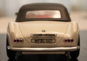 Прикрепленное изображение: BMW 507 - szadi.jpg